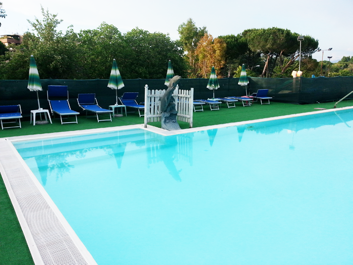 Piscina cosmostennis for Piscina wellness roma